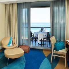 Radisson Blu Hotel, Nice 4* Стандартный номер с различными типами кроватей фото 5