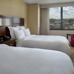 Отель New York LaGuardia Airport Marriott США, Нью-Йорк - отзывы, цены и фото номеров - забронировать отель New York LaGuardia Airport Marriott онлайн комната для гостей фото 4