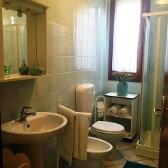 Отель Villa Olanda Италия, Мира - отзывы, цены и фото номеров - забронировать отель Villa Olanda онлайн ванная фото 2