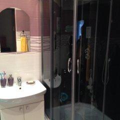 Гостиница na Solnechnoy 9 в Зеленоградске отзывы, цены и фото номеров - забронировать гостиницу na Solnechnoy 9 онлайн Зеленоградск ванная