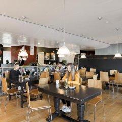 Отель Smarthotel Forus Норвегия, Санднес - отзывы, цены и фото номеров - забронировать отель Smarthotel Forus онлайн гостиничный бар