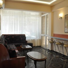 Отель Pik Loti Албания, Тирана - 1 отзыв об отеле, цены и фото номеров - забронировать отель Pik Loti онлайн интерьер отеля фото 3