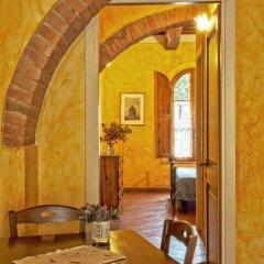 Отель Villa Di Nottola 4* Люкс с различными типами кроватей фото 10