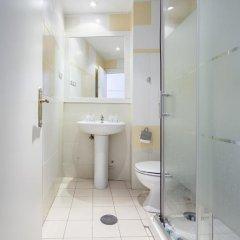 Отель Madrid Motion Hostels 2* Кровать в общем номере с двухъярусной кроватью фото 8