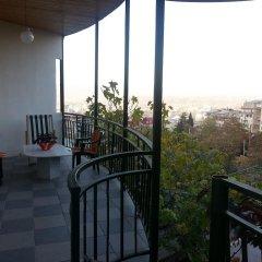 Отель Natalie's Guest house балкон