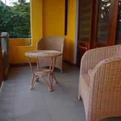 Отель Thaproban Beach House 3* Улучшенный номер с двуспальной кроватью фото 10