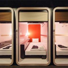 Отель First Cabin Tsukiji Капсула в мужском общем номере