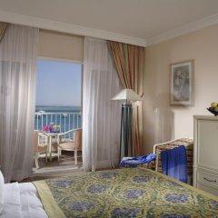 Апартаменты Hurghada Suites & Apartments Serviced by Marriott комната для гостей фото 4