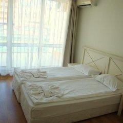 Апартаменты Flores Park Apartments Солнечный берег комната для гостей фото 5