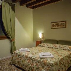 Отель Locanda Ai Santi Apostoli 3* Стандартный номер с различными типами кроватей фото 20