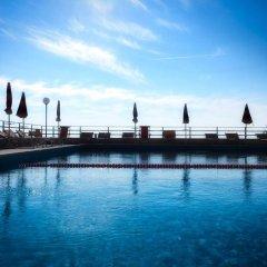 Grand Hotel Dei Cesari бассейн