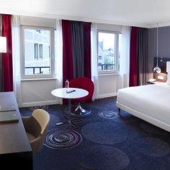 Отель Hilton Brussels Grand Place 4* Представительский номер с двуспальной кроватью