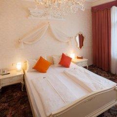 Отель Aviano Pension 4* Стандартный номер с двуспальной кроватью фото 18