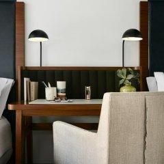 The Renwick Hotel New York City, Curio Collection by Hilton 4* Стандартный номер с двуспальной кроватью фото 9