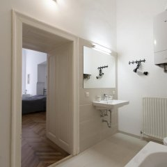 Отель Heart of Vienna Luxury Residence Улучшенные апартаменты