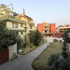 Отель Dondrub Guest House Непал, Катманду - отзывы, цены и фото номеров - забронировать отель Dondrub Guest House онлайн балкон