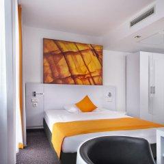 Отель Wyndham Garden Düsseldorf City Centre Königsallee 4* Стандартный номер с двуспальной кроватью фото 2