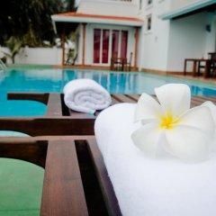 Отель Aaron Beach Villa спа