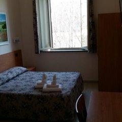 Отель Friendship Place 3* Стандартный номер с двуспальной кроватью фото 24