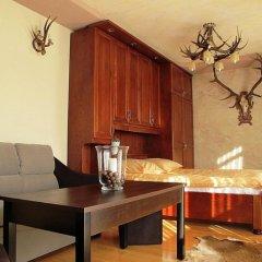 Отель udanypobyt Apartament Myśliwski Косцелиско удобства в номере фото 2