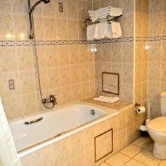Hotel Continental Gare du Midi 2* Стандартный семейный номер с двуспальной кроватью фото 4