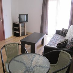 Апартаменты Apartments in Victorio 3 Complex комната для гостей