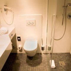 Отель Burns Art Cologne Германия, Кёльн - отзывы, цены и фото номеров - забронировать отель Burns Art Cologne онлайн ванная