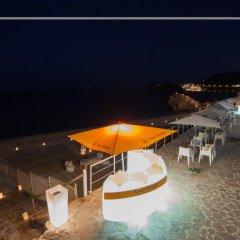 Hotel Caparena Таормина бассейн