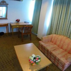 Phuket Town Inn Hotel Phuket 3* Люкс с различными типами кроватей фото 4