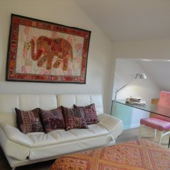 Отель Charming Penthouse with Private Terrace Лиссабон комната для гостей фото 2