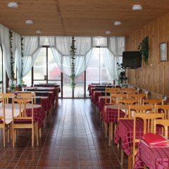 Гостиница База отдыха Искра в Анапе отзывы, цены и фото номеров - забронировать гостиницу База отдыха Искра онлайн Анапа питание