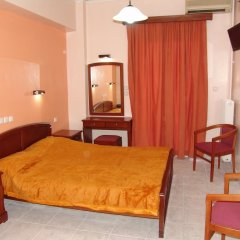 Cosmos Hotel 2* Улучшенный номер с двуспальной кроватью фото 3