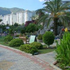 Отель Banana Garden A парковка