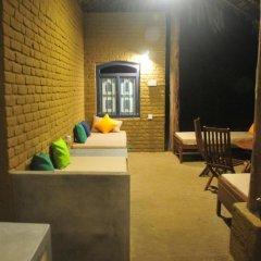 Отель Back of Beyond - Safari Lodge Yala гостиничный бар