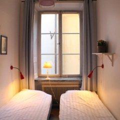 Castanea Old Town Hostel Стандартный номер с 2 отдельными кроватями (общая ванная комната) фото 3