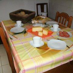 Отель Quinta das flores de laranjeira Португалия, Орта - отзывы, цены и фото номеров - забронировать отель Quinta das flores de laranjeira онлайн питание