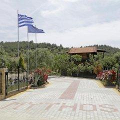 Отель Mythos Bungalows парковка