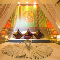 Tanawan Phuket Hotel 3* Улучшенный номер с двуспальной кроватью фото 6