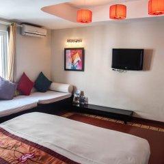 Отель Vietnam Backpacker Hostels - Downtown Номер Делюкс с различными типами кроватей фото 2