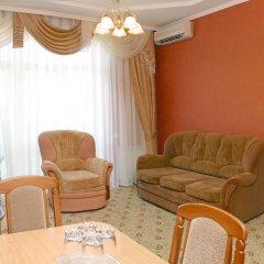 Гостиница Альмира комната для гостей