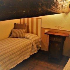 Отель Totti Affittacamere Италия, Сан-Джиминьяно - отзывы, цены и фото номеров - забронировать отель Totti Affittacamere онлайн удобства в номере