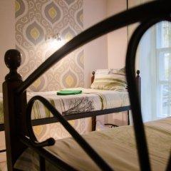 Хостел Trinity & Tours Кровать в общем номере с двухъярусной кроватью фото 18