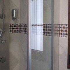 Отель Vivienda Turistica Arabeluj Испания, Гуэхар-Сьерра - отзывы, цены и фото номеров - забронировать отель Vivienda Turistica Arabeluj онлайн ванная