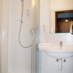 Отель Pension Martha Лана ванная