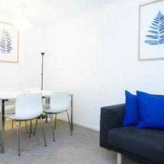 Апартаменты Paula Apartment - Covent Garden - комната для гостей фото 5