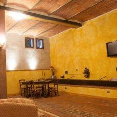 Отель Agriturismo I Poggi Gialli Синалунга удобства в номере