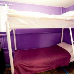 Cinema Hostel Кровать в общем номере с двухъярусной кроватью фото 7