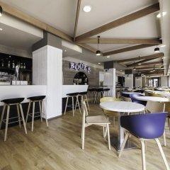 Отель Compostela Suites гостиничный бар