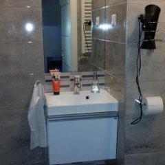 Отель JobelHome Венгрия, Будапешт - отзывы, цены и фото номеров - забронировать отель JobelHome онлайн ванная