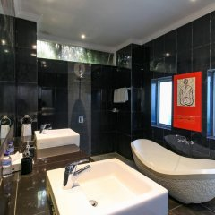 Отель Aleesha Villas 3* Вилла Премиум с различными типами кроватей фото 11